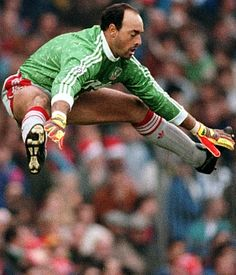 Bruce Grobbelaar, Zimbabwe, Liverpool FC, 1981-1994. Was also goalkeeper at Jomo Cosmos, Vancouver Whitecaps, Crewe Alexandra, Stoke City, Southampton, Plymouth Argyle, Oxford United, Sheffield Wednesday, Oldham Athletic, Chesham United, Bury, Lincoln City, Northwich Victoria, Glasshoughton and the national team of Zimbabwe.