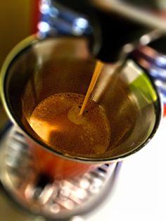 Guten Morgen…ein verregneter Tag beginnt mit einem #Kaffee den ich mag #Kazaar von @Nespresso #whatelse #ShotoniPhone #iPhoneSE #Camera+ #tadaacommunity