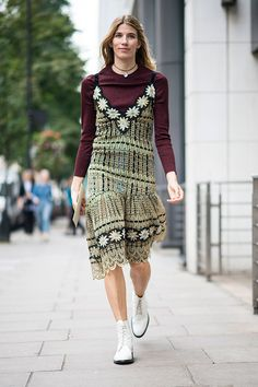 What is worn on the London Fashion Week: Part 3 (9 photos)