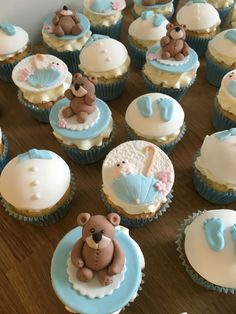 Baby shower cupcakes with toppers