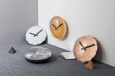 https://www.designboom.com/design/heartstorming-aria-balloon-clock-11-09-2017/