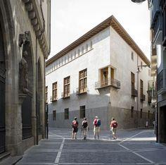 Casa del Condestable Fernando Tabuenca González Jesús Leache Resano