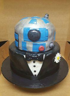 R2-D2 GROOMS CAKE