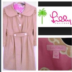 Sale!!Lilly Pulitzer jacket coat NWOT Rare! A rare Lilly Pulitzer jacket this is a super adorable wardrobe staple. This is the perfect thing to wear over a dress at a party - it's like a whole second outfit and looks so cute with bare legs peeking out! Also really looks darling over skinny jeans with flats or heels and a fun bag. I packed it once for a trip but never wore - mint condition! It's also a great thing to wear over a fun Lilly dress for work - makes a party dress look…