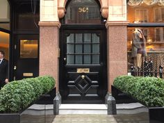 Mayfair, London. Pinned by www.vessou.com Made in England. Timeless design, handcrafted #pots #planters #vasi #interiors #interiordesign