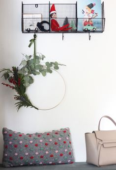 holiday wreath makin