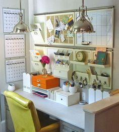 Get Organized With These Home Office Ideas Dream Home Office Looks to Get You Organized - Small Home Office, Home Office Decor, Desk Decor Office Nook, Home Office Space, Office Workspace, Home Office Design, Home Office Decor, Home Decor, Office Designs, Office Spaces, Corner Office