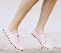:: pink shoes ::