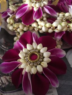 Moggina jade  Moggina jade Gota Patti Jewellery, Thread Jewellery, Bridal Jewelry Vintage, Indian Wedding Jewelry, Flower Ornaments, Flower Garlands, Bride Accessories, Wedding Hair Accessories, Hair Decorations