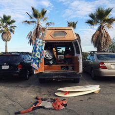 Surfing holidays is a surfing vlog with instructional surf videos, fails and big waves Beach Bum, Ocean Beach, Swimming Party Ideas, Vw Vintage, Surfer Style, Surf Trip, Vw T, Surfs Up, Vw Camper