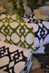 love these ikat table runners