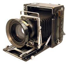 "A 1940's Speed Graphic 4""x5"" with a 7"" Kodak Aero Ektar lens."
