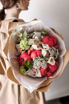 Магазин лучших букетов в Твери с доставкой Mint Flowers, Flower Arrangements, Profile, User Profile, Floral Arrangements
