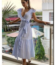 casual outfits date Dress Skirt, Shirt Dress, Kimono Outfit, Kurta Designs Women, Frock Design, Casual Dress Outfits, Feminine Dress, Outfit Combinations, Blue Fashion