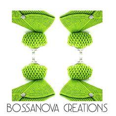 #bossanovacreations #creation #headband #coinpurse #hechoamano #handmade #green #ganchilloterapia #ganchillo #crochet #crocheting #crochetaddict #picoftheday #photooftheday #loveit #fashion #knittersofinstagram #knitting #knit #igers #igerscrochet #instagrammers Coin Purses, Headbands, Photo And Video, Instagram, Hand Made, Crocheting, Coin Wallet, Head Bands, Coin Purse