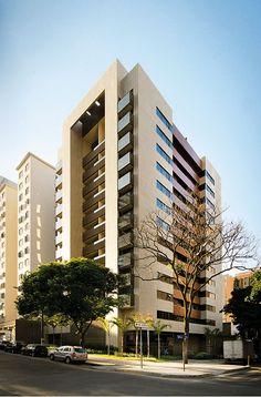 O edifício tem 40 apartamentos de três dormitórios e quatro coberturas dúplex