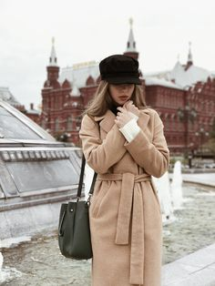 fashion Beautiful Fashion Looks Outfits Otoño, Fall Outfits, Fashion Outfits, Lookbook Mode, Fashion Lookbook, Cozy Winter Outfits, Winter Outfits For Work, Caban Bleu Marine, Moscow Winter