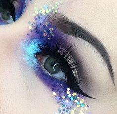 Glitter makeup x