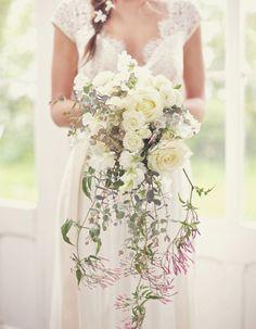Image result for pinterest  bouquet de mariee Bridesmaid Dresses, Wedding Dresses, Lace Weddings, One Shoulder Wedding Dress, Mauve, Fashion, Bouquets, Dress, Bride Maid Dresses