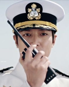 Asian Actors, Korean Actors, Lee Min Ho Photos, Kim Go Eun, Korean Drama Movies, Minho, Men Looks, Science Fiction, Beautiful Men
