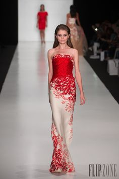 Tony Ward Miss Universe 2013, Moscow - Couture - http://www.flip-zone.com/fashion/couture-1/fashion-houses/tony-ward-4299