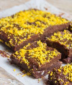 Raw Chocolate Orange Brownies | Deliciously Ella
