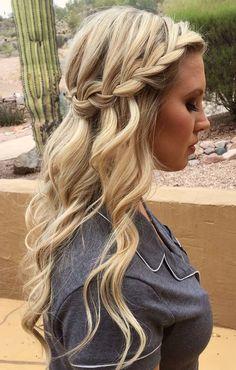 Bridesmaid waterfall braid hairstyle inspiration - Miladies.net