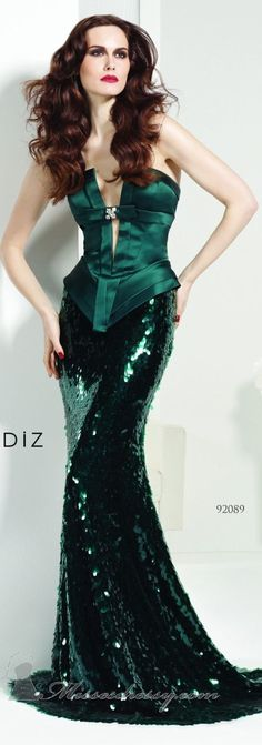 Tarik Ediz couture ~  wow...love this gown but green usually doesn't fare well at pageants '(
