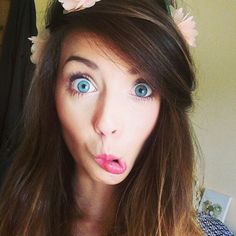 Even with a weird face, Zoella is still perfect (;