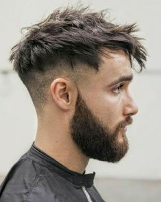 46 Short Sides Long Top Hairstyles for Men ULTIMATE GUIDE) is part of Mens hairstyles short - Upgrade your style in 2019 with these super amazing 46 short sides long top hairstyles These haircuts will definitely bring out your trendy side Popular Haircuts, Cool Haircuts, Haircuts For Men, Short Beard, Short Hair Cuts, Curly Short, Man Hair Style Short, Men Short Hair, Mens Messy Hairstyles