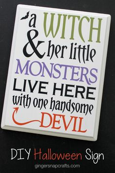 Ginger Snap Crafts: DIY Halloween Sign with Happy Crafters @happycrafters #sponsored Halloween Signs, Fall Halloween, Halloween Decorations, Halloween Ideas, Diy Crafts To Do, Wood Vinyl, Vinyl Projects, Adhesive Vinyl, Craft Fairs