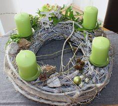 AW01 %u2013 Adventskranz, nat�rlich dekoriert mit Filzb�ndern, kleinen Hirschen und nat�rlichen Materialien! Preis ohne Kerzen 44,90%u20AC