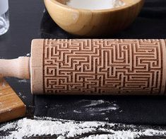 Give your baked goodies some stunning visual appeal by baking them with this engraved maze rolling pin. Handmade from beech wood, the pin comes etched with an intricate maze-like pattern so your treats have some added texture and appeal.