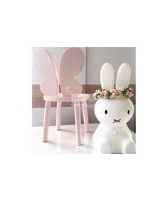 Krzesełko Butterfly Motyl drewniane dla dzieciKrzesełko motylekjest w całości wykonane z drewna. Jego wyjątkowy i niepowtarzalny design sprawia, że stanie się ono ulubionym meblem Twojego Dziecka.Do krzesełka można dokupić idealnie pasujący stolikKUP TERAZkrzesło, krzesełko, krzesełko motyl, krzesełko motylek, butterfly chair, chair for kids, wooden chair, drewniane krzesełko, motyl, motylek, drewniany motyl, motyl z drewna, różowy motylek, krzesełka drewniane, krzeselka drewniane… Table And Chairs, Girl Room, Kids Bedroom, Toddler Girl, Store, Baby, Furniture, Home Decor, Homemade Home Decor