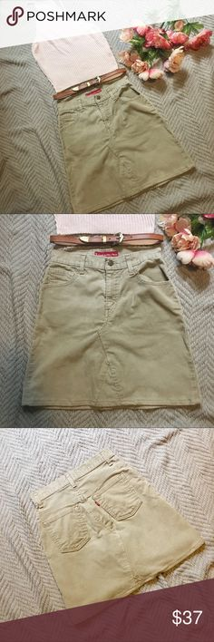 Levi's Stretch Corduroy Mini Skirt. Levi's Stretch Corduroy Mini Skirt.   Features front and back pockets.   Condition: 9/10  Fit: Tag Size 4, reference measurement photos in gallery for fit guidance. Levi's Skirts Mini
