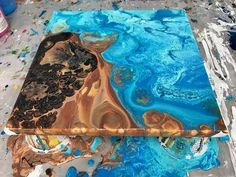 ( 241 ) Acrylic pouring golden fluid and floetrol 2 drops of silicone - YouTube