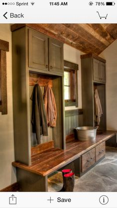 Astounding Tricks: Natural Home Decor Earth Tones Brown natural home decor modern fireplaces.Natural Home Decor Boho Chic Living Spaces natural home decor house.Natural Home Decor Boho Chic Living Spaces. Rustic Entry, Rustic Decor, Farmhouse Decor, Natural Home Decor, Diy Home Decor, Room Decor, Mudroom Laundry Room, Laundry Storage, Bench Mudroom