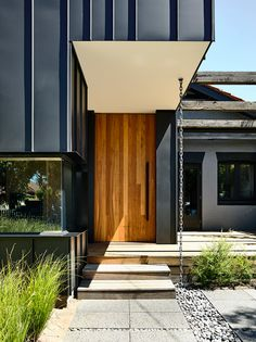 Elwood Gable House by ZWEI Interiors Architecture - Existing Expansion - The Local Project Facade Design, Roof Design, House Design, Entrance Design, Home Styles Exterior, Interior And Exterior, Black Exterior, House Roof, Facade House