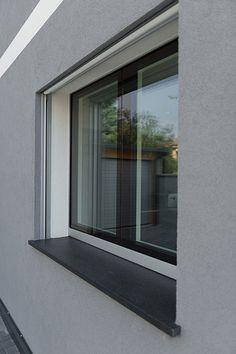 Dettaglio finestra esterna 3