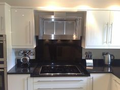 Feature hob and extractor