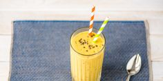 7 Healthy Smoothies Nutritionists Swear By