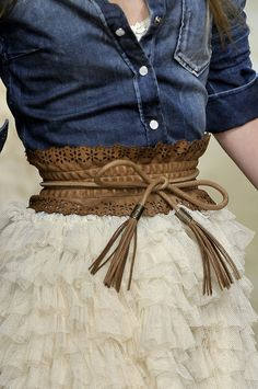 Love the casual demin shirt with the frilly skirt and the cinch waist belt