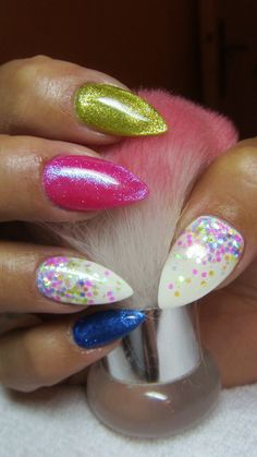Summer nails with gliter
