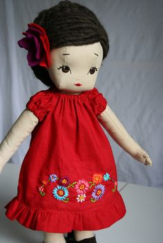 Love this lady's dolls - gorgeous retake on 1940s mail order cloth doll patterns