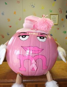 Hot pink pumpkin..Ms green in disguise...LOL