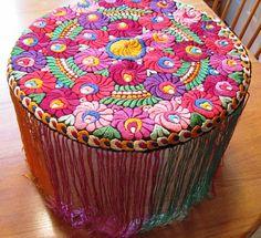 Hungarian Embroidery Stitch matyo (not my photo pinned from - Hungarian Embroidery, Folk Embroidery, Vintage Embroidery, Embroidery Stitches, Embroidery Patterns, Butterfly Embroidery, Embroidered Flowers, Blackwork, Chain Stitch