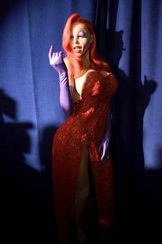 Heidi Klum in awesome Jessica Rabbit costume for her Halloween bash!