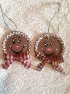 Gingerbread Canning Lid Ornaments - use acrylic paints to paint these!
