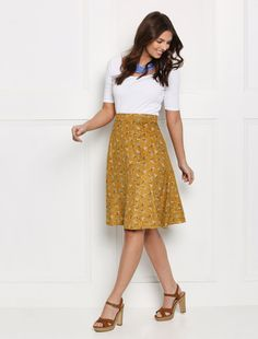 Stitch Fix Walk this way A-line skirt I Am Patterns, Skirt Patterns Sewing, Clothing Patterns, A Line Skirt Pattern Free, Free Pattern, Womens Skirt Pattern, Creation Couture, Facon, Poses