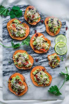 Meksikolaiset bataatticrostinit (V, GF) ja tulevan vuoden ruokatrendejä – Viimeistä Murua Myöten